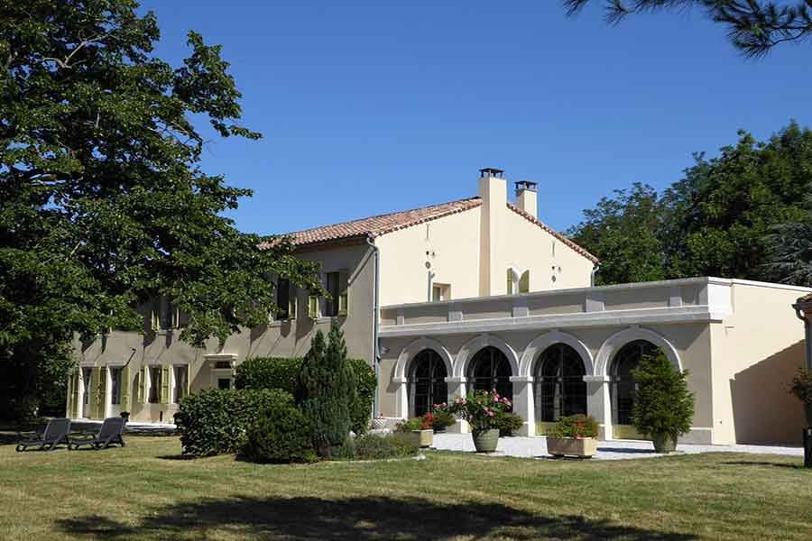 19th C. Manor House for sale, with outbuildings nr. Castres