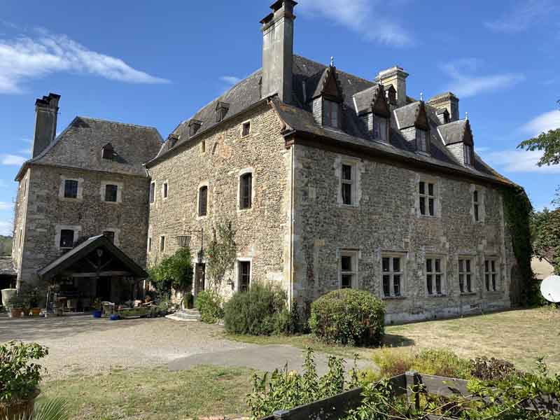 12th Century Chateau & five buildings for sale near Orthez.