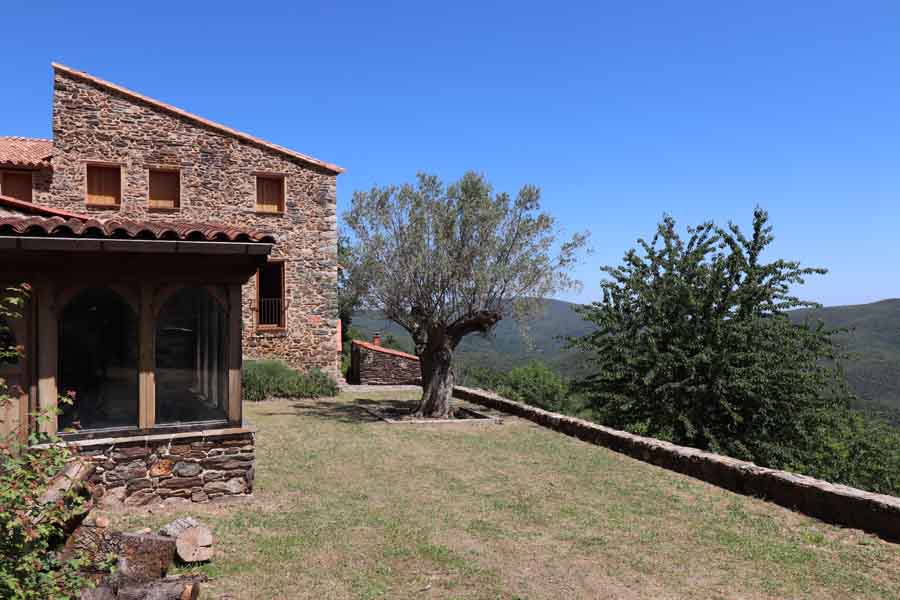 18th C renovated Catalan stone Mas for sale