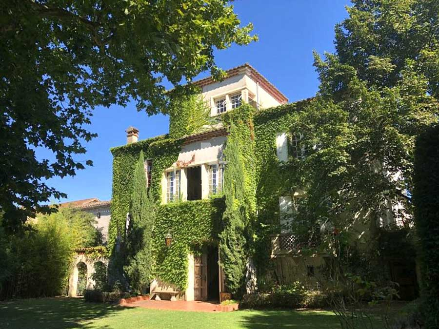 Splendid Manor & Mill for sale near Castres on the River.