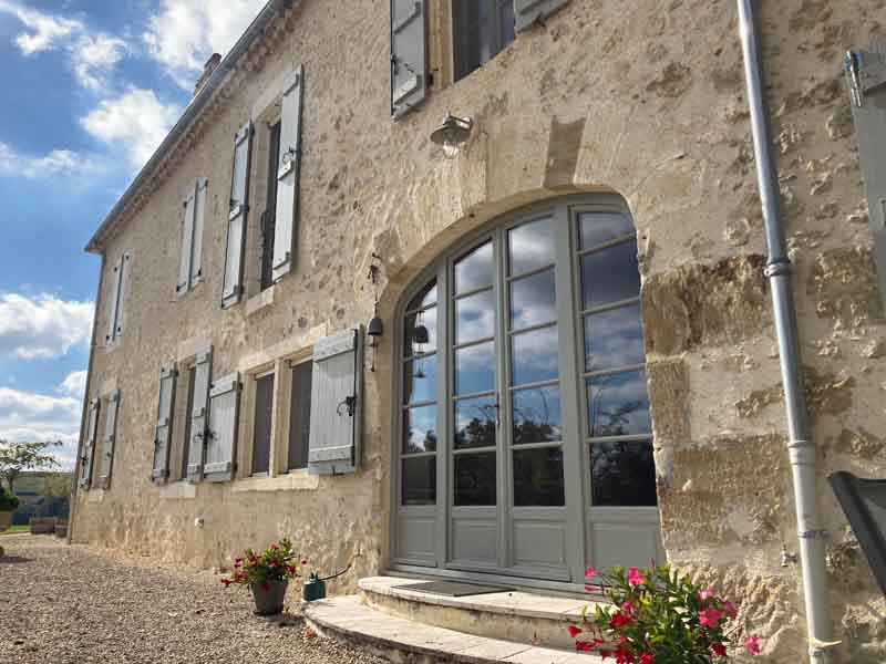 Beautiful country house for sale- Huge views
