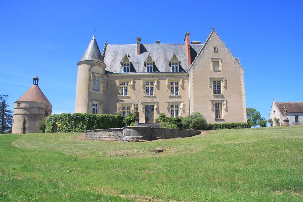 Chance to buy a Fine Chateau & Estate on edge of lake.