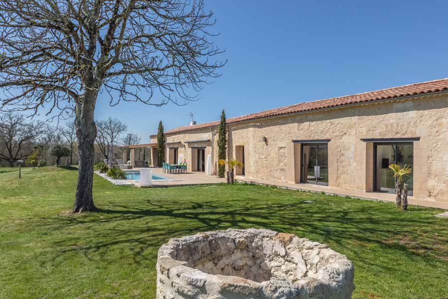 Beautiful country house for sale 30 mins Bordeaux