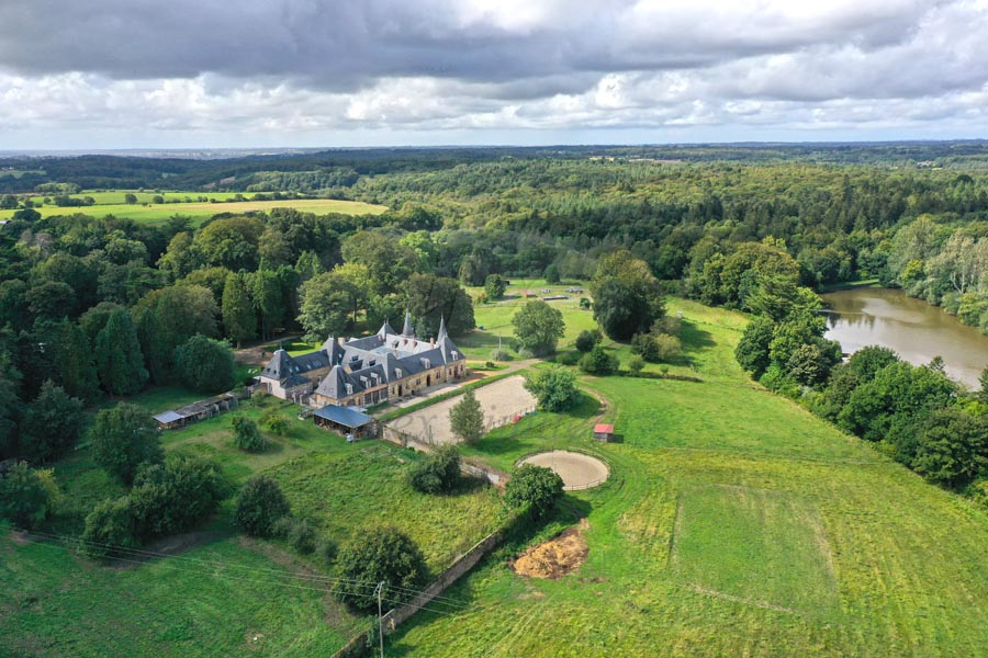 Equestrian property for sale with gites and large estate