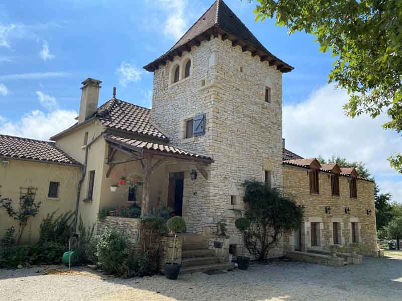 Country equestrian property for sale near Gindou