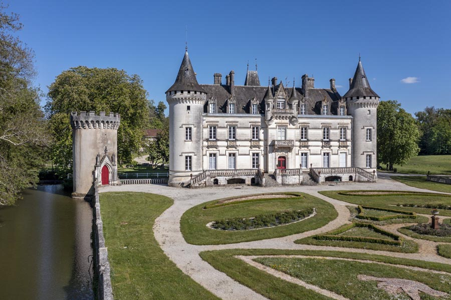 Magnificent 19th C chateau for sale- Exceptional