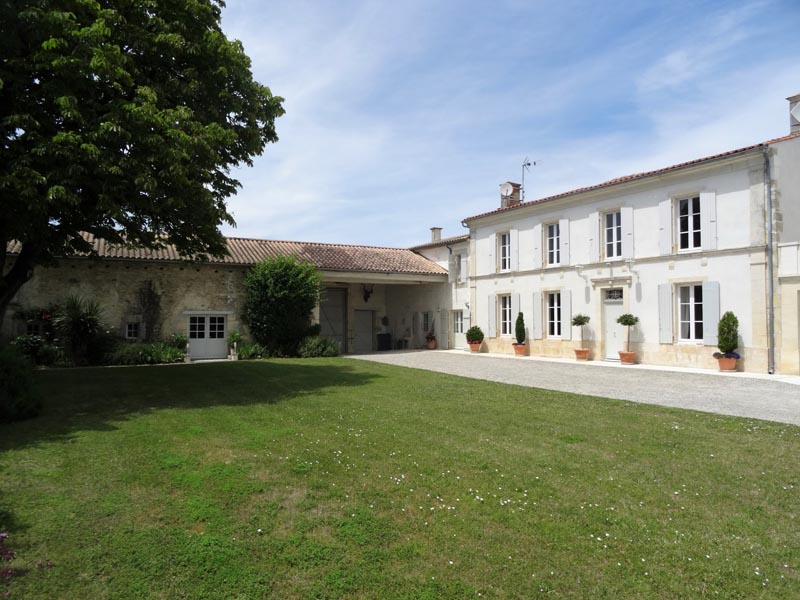 Superb renovated 18th C Manor House for sale