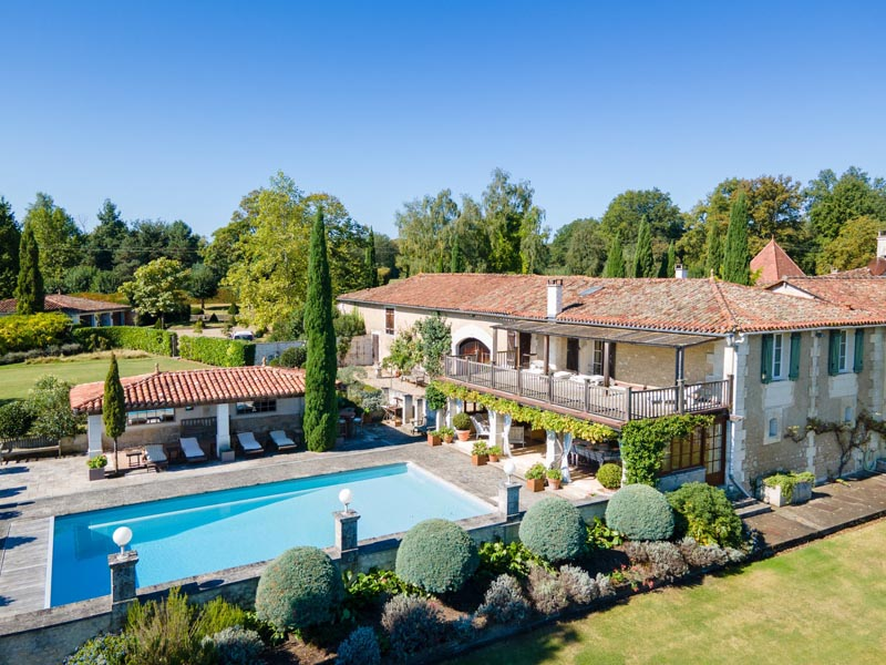 Spectacular 18th century property for sale- Angoulême