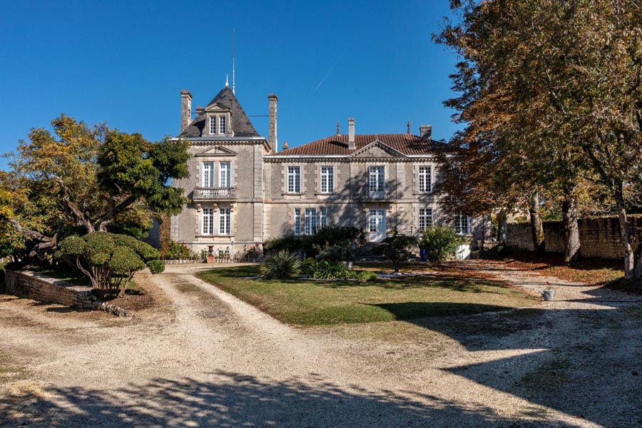 Magnificent 18th C Chateau for sale- views of the Gironde